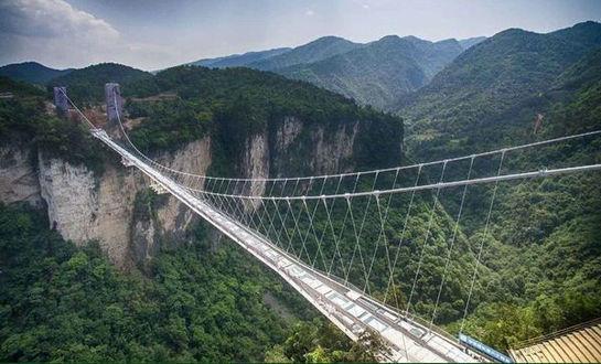【全陪团】张家界(袁家界、天子山、黄石寨)+大峡谷(玻璃桥)+凤凰双卧6日